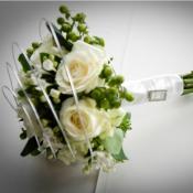 Brides bouquet of Roses, Hypericum and Bouvardia